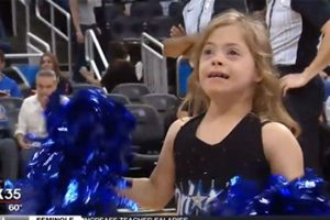 Gadis Down Syndrome Menari Bersama Cheerleaders Orlando Magic