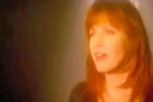Lagu Emosional Patty Loveless 'How Can I Help You Say Goodbye'